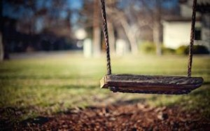 swing-rope-wooden-board-photo-hd-wallpaper